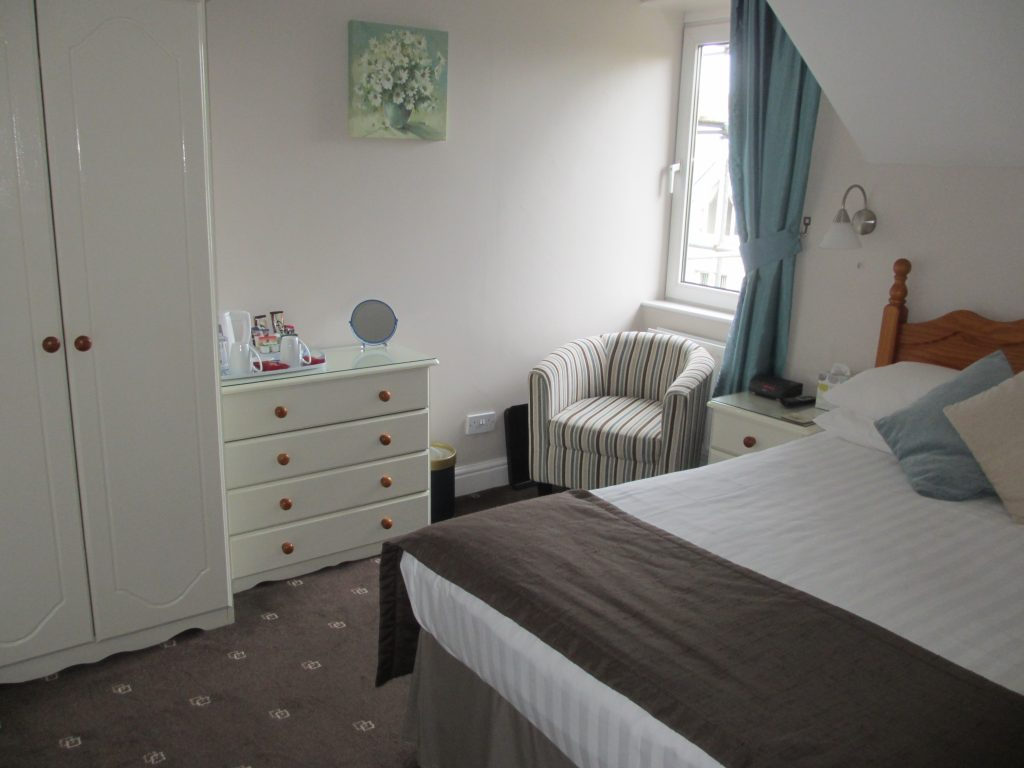 Double bed with ensuite